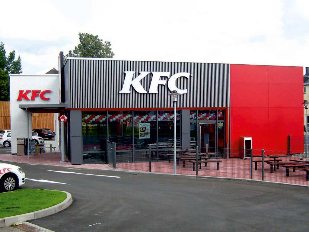 Außenaufnahme des von Z-Bau errichteten KFC Restaurant in Hof