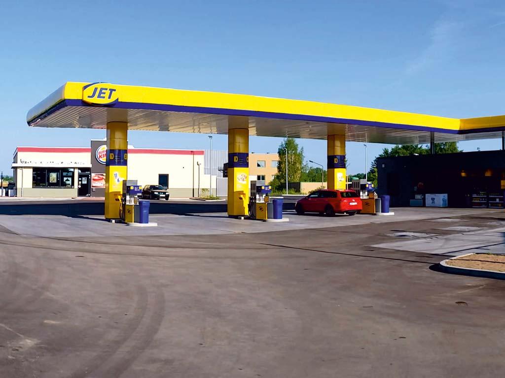 Außenaufnahme der von Z-Bau errichteten Jet-Tankstelle in Bad Salzungen